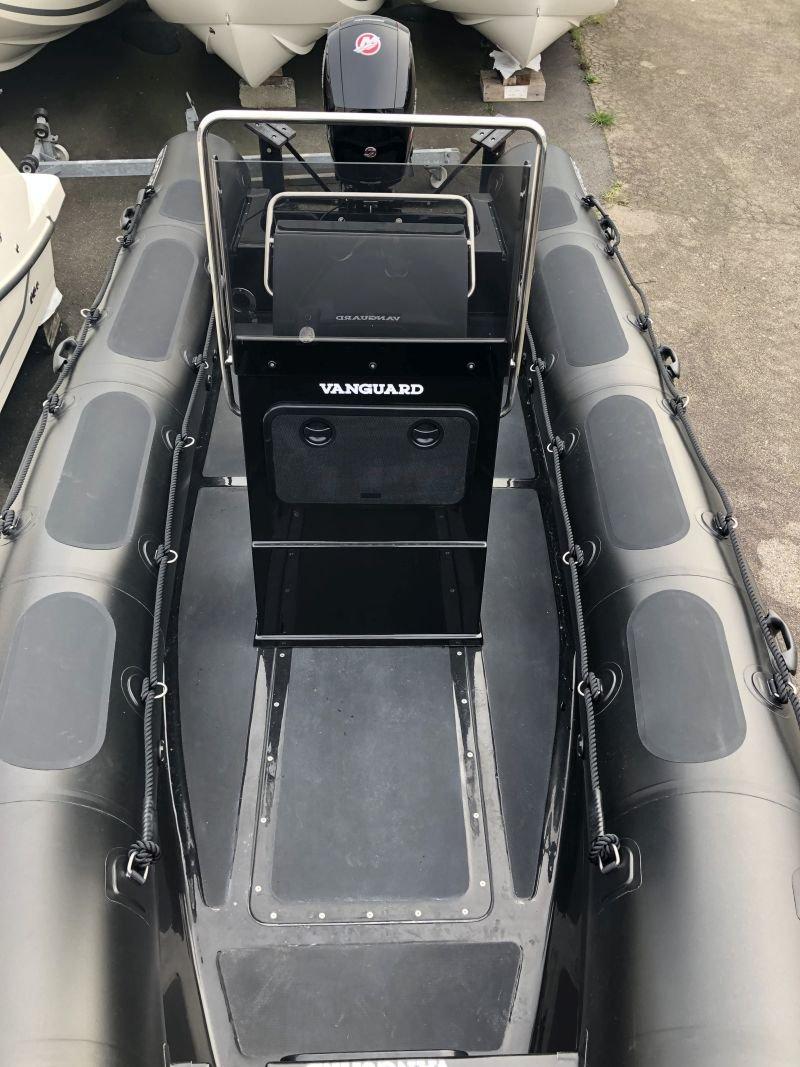 Vanguard 660 neuf 2021 Semi rigide neuf 6 mètres  Semi-rigide occasion 6 mètres Moteur 150 Cv Mercury Pro Xs  GPS Garmin 7 pouces GPS Lowrance 7 pouces  GPS Humminbird 7 pouces   Remorque neuve  Remorque occasion